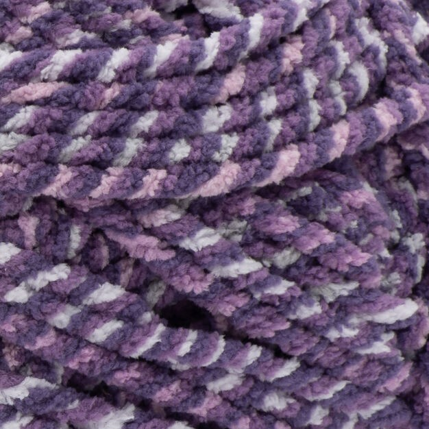 Bernat Blanket Twist 300g Grape Kiss
