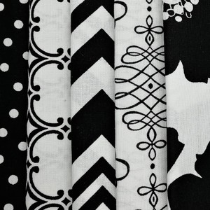 Opposites Attract Fat Quarter Pack X 5